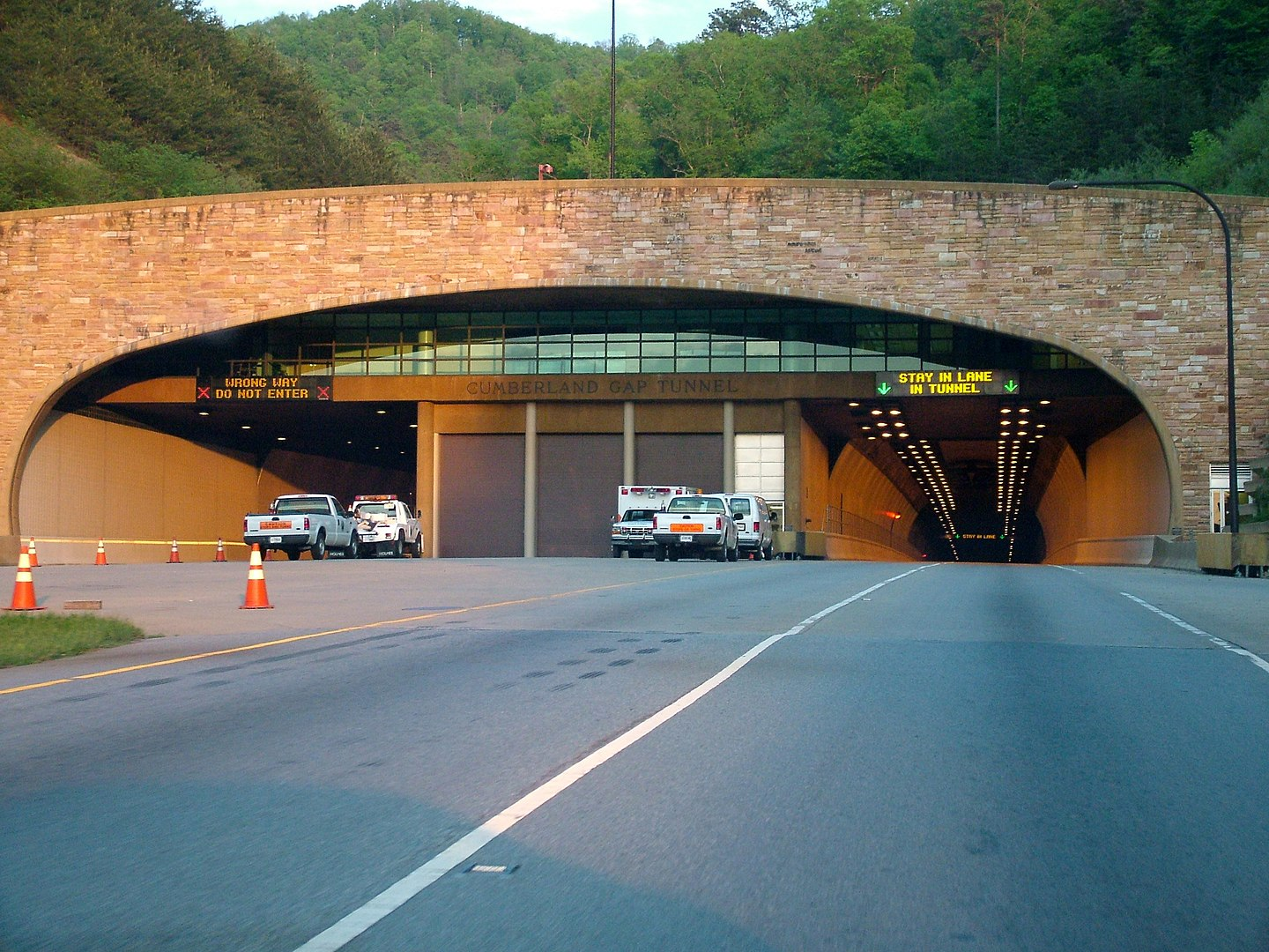 1440px Cumberland Gap Tunnel
